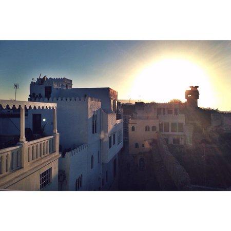 Hotel Nord-Pinus Tanger: Tramonto dalla terrazza