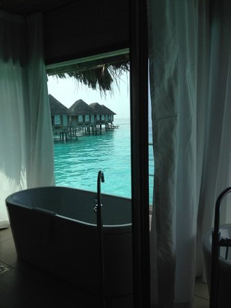 Club Med Kani : overwater