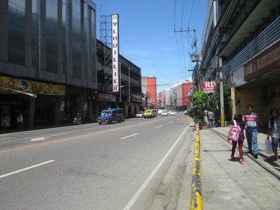 Colon Street: the road