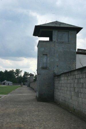 Gedenkstätte und Museum Sachsenhausen: Torre di guardia intermedia