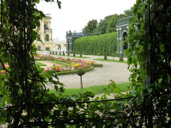 Palacio de Schönbrunn: PRIVY  GARDEN
