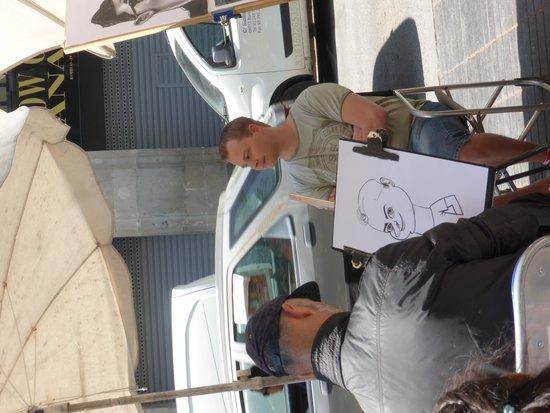 Las Ramblas: Artist in action (not me being drawn)
