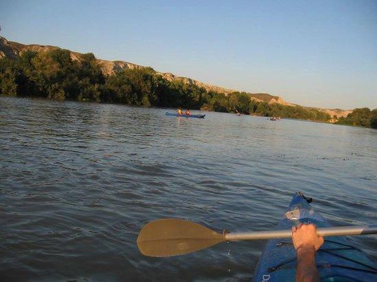ebroNAUTAS: Atardecer en el río...