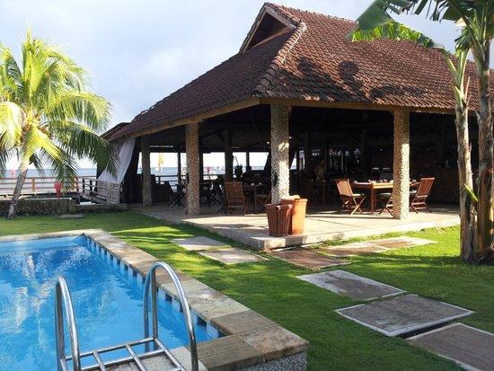 Cocotinos Manado: Restaurant area