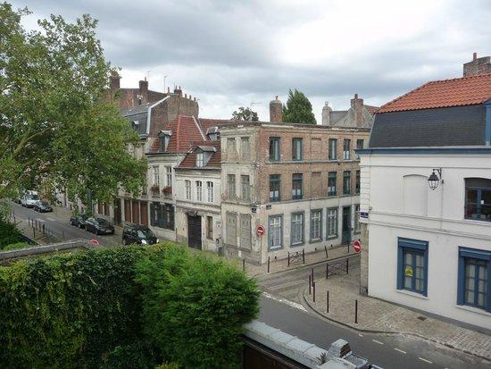L'Esplanade Lille : VISTA DALLA CAMERA