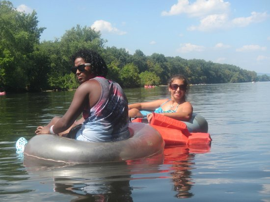 Delaware River Tubing: Loving this!