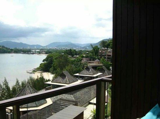 The Westin Siray Bay Resort & Spa Phuket: View from 2125 balcony. High tide it looks OK. ..