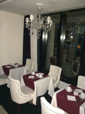 After Hotel Montevideo: Area do Cafe da Manha
