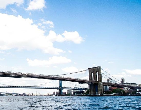 New York Media Boat / Adventure Sightseeing Tours: Brooklyn Bridge