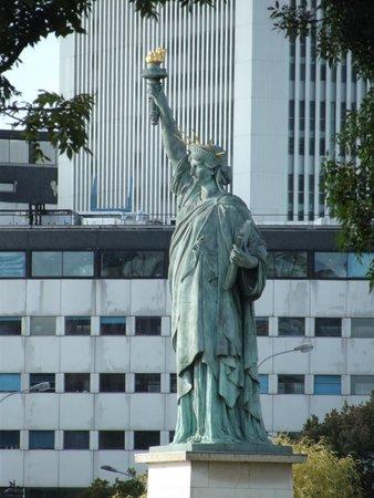 Statue de la Liberté  : la statua