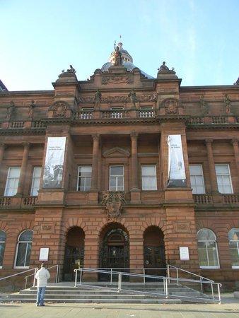 City Sightseeing Glasgow: People Palace