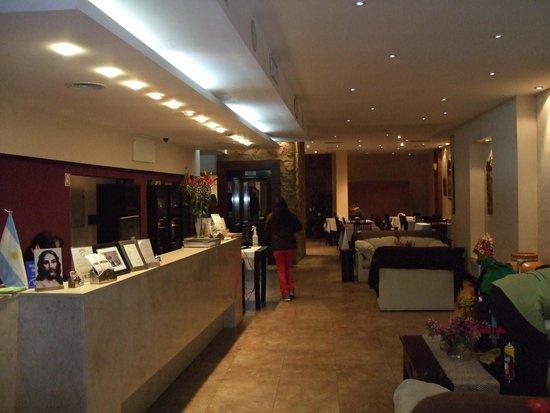 Gregorio I Hotel Boutique: フロント付近