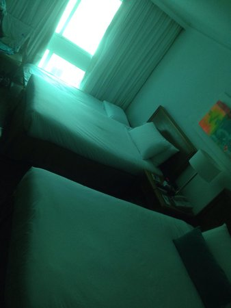 Hotel Almirante Cartagena Colombia : Triple room on the space of the double.