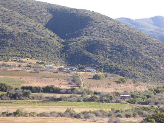 Carmens Gaestefarm : Lage am Ende des Tals