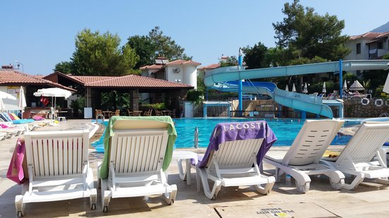 Orka Club Hotel & Villas: bottom pool with slide