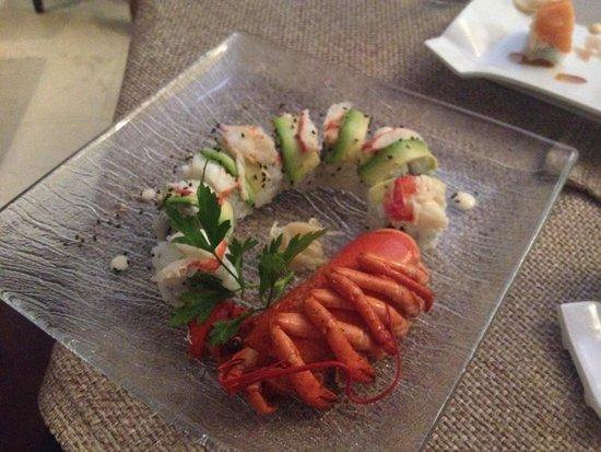 Taku Risto Sushi: Special roll