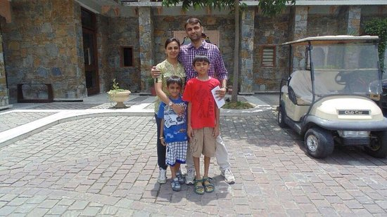 Ramada Udaipur Resort and Spa : At the entrance of the resort