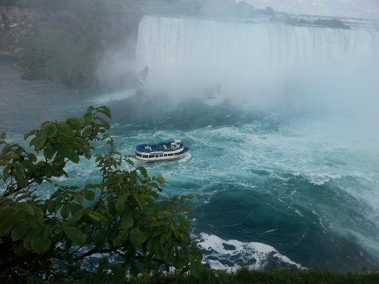 Sheraton on the Falls: Overlooking Horseshoe falls after Journey Behind the Falls