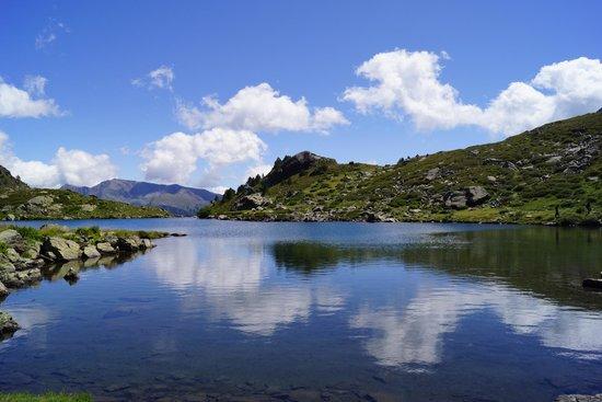 Tristaina Lake Trail: Vue depuis le deuxième lac
