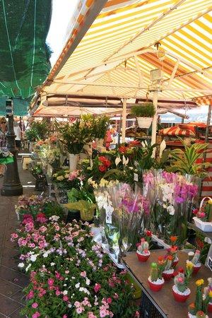 Old Town (Vieille Ville): le marché aux fleurs