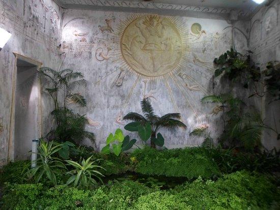 Giardini La Mortella: l'antro della Sibilla Cumana