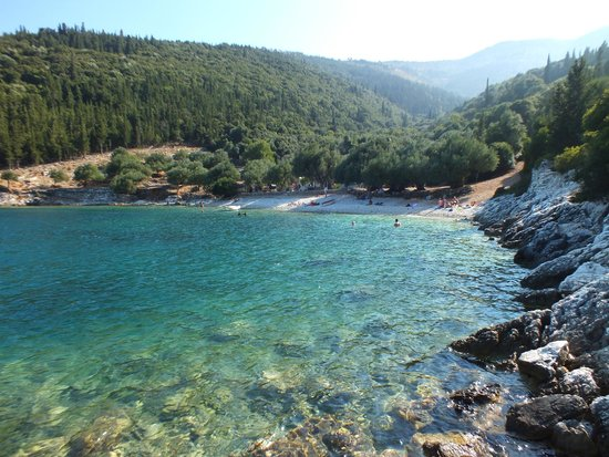 Kefalonia, Griechenland: View of the beach from the sea II