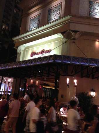 The Cheesecake Factory: チーズケーキファクトリー