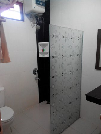 Bintan Agro Beach Resort : Bathroom