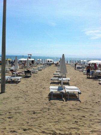 Strand Picture Of La Goletta Hotel Garni Lignano Sabbiadoro