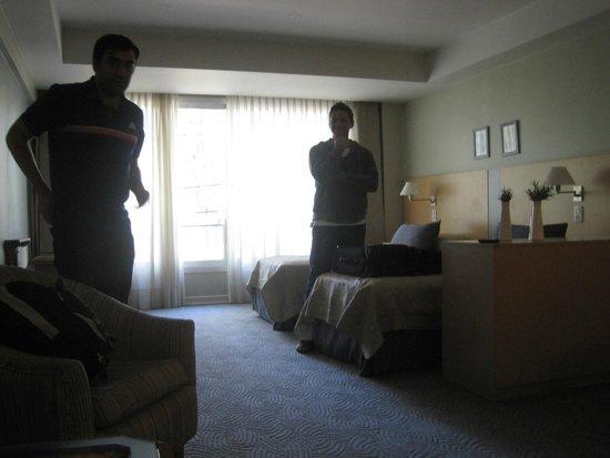 El Portal Suites: Una vista de la habitación