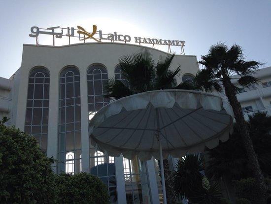 Hotel Laico Hammamet: Vue piscine et hotel