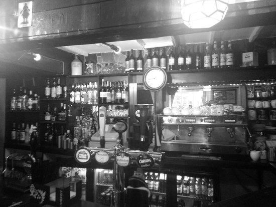 Pontymister, UK: bar area