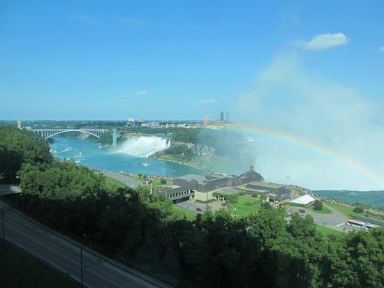 Niagara Falls Marriott Fallsview Hotel & Spa: American and Bridal Veil Falls