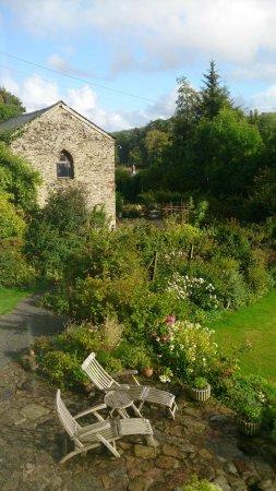 Edgcott House: Gardens