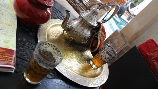 Riad Les Jardins Mandaline: thé à la menthe