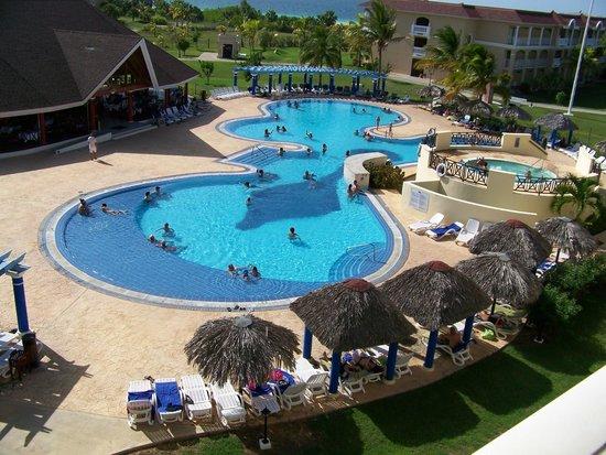 IBEROSTAR Laguna Azul: pool and ocean view