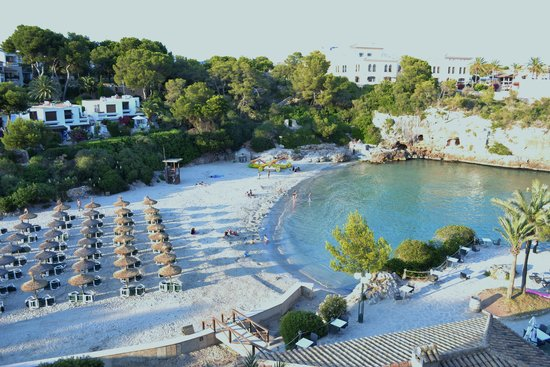 Barcelo Ponent Playa: Beach area