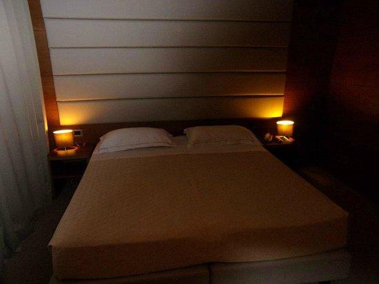 Occidental Aurelia: The bedroom