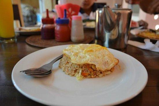 Pesona Beach Inn: Sarapan