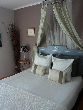 """Villa Josephine : La camera """"Vacances en Provence"""""""