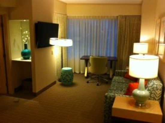 Seaport Boston Hotel: Suite Room #501