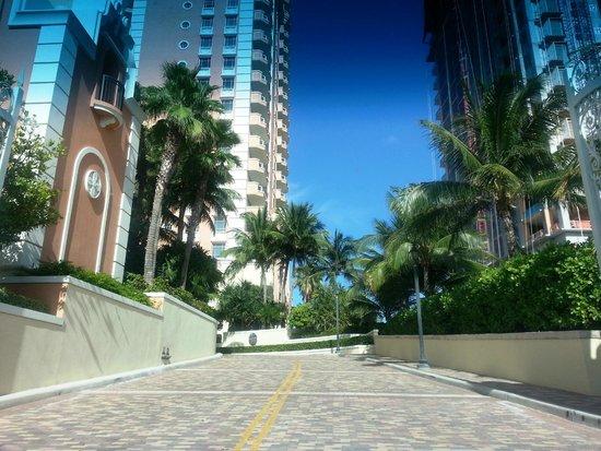 Acqualina Resort & Spa on the Beach: Entrada