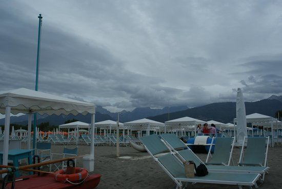 Cinquale, İtalya: пляж
