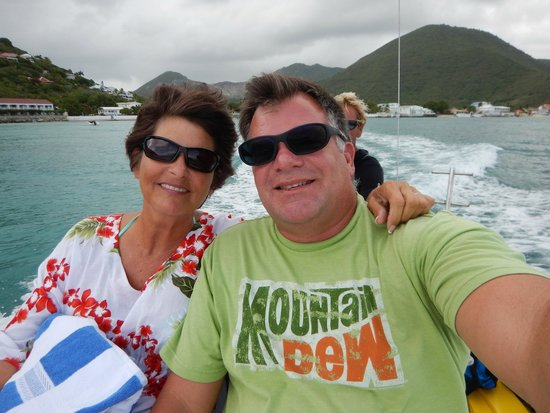 Creole Rock Water Sports: Boat ride to Snorkel