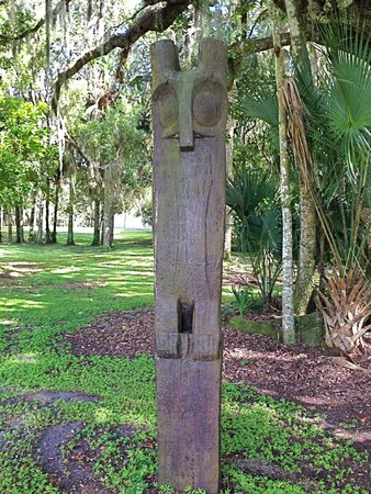 Hontoon Island State Park: Timucua Owl Totem Pole Statue Hontoon Island