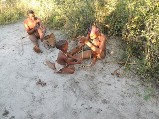 Deception Valley Lodge: Great walk and talk with the bushmen