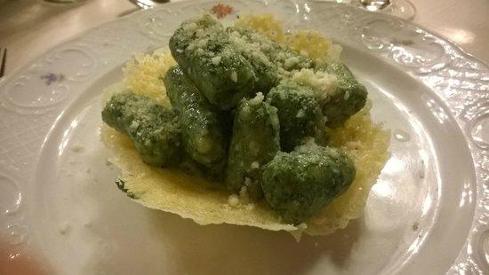 Relais Hotel Des Alpes: uno dei magnifici piatti di Lorenzo e del suo staff