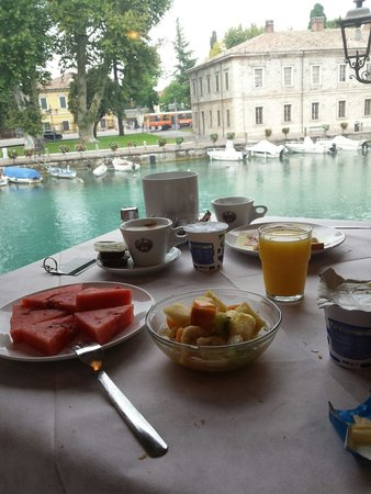 Hotel Bell'arrivo: Сказочный завтрак