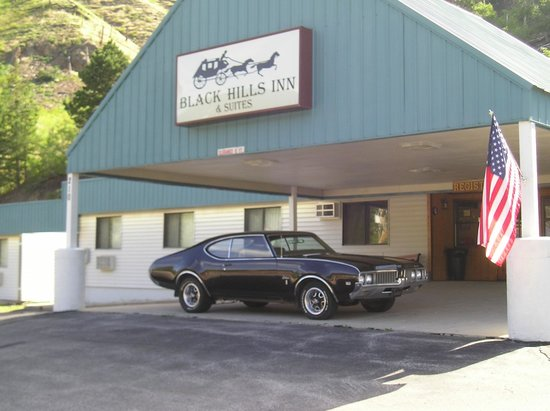 Black Hills Inn & Suites: Vintage Olds