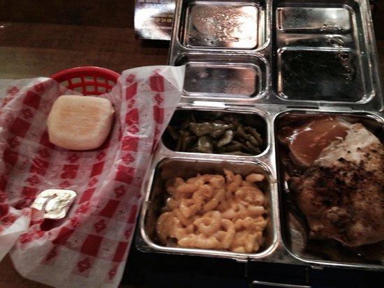 Lumberjack Feud Dinner Show: Lumberjack Feud Food - Not again for us